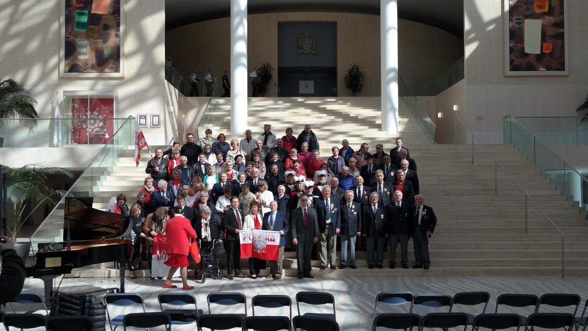 City Hall Edmonton-uczestnicy wydarzenia